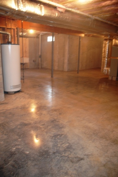https://www.customconcretesolutionsct.com/wp-content/uploads/2015/05/Densified-Floor.jpg