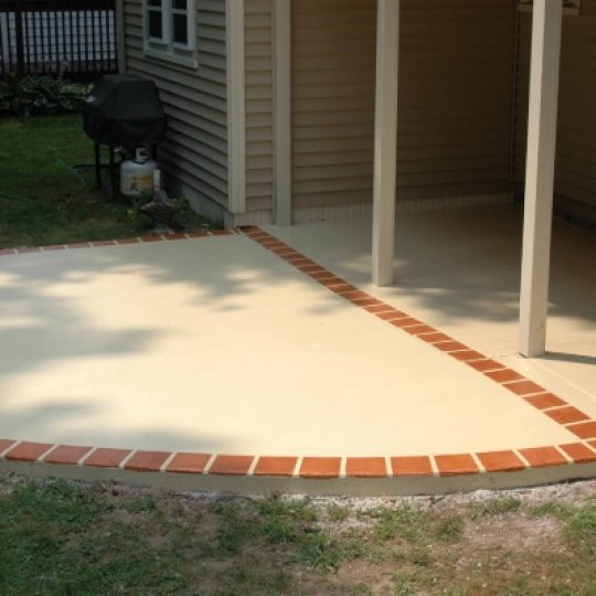 https://www.customconcretesolutionsct.com/wp-content/uploads/2019/04/West_Hartford_Patio_lg-540x540.jpg